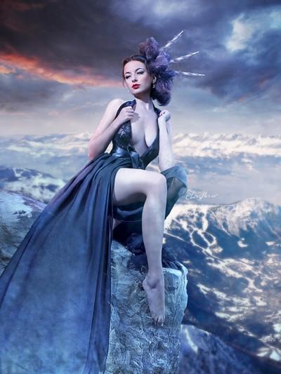 En collaboration avec Nath-Sakura, paru en octobre 2012 et disponible ici : http://livre.fnac.com/a5153335/Nath-Sakura-Fatales
